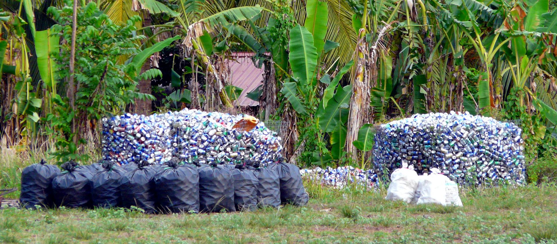 waste collection pulau tioman malaysia